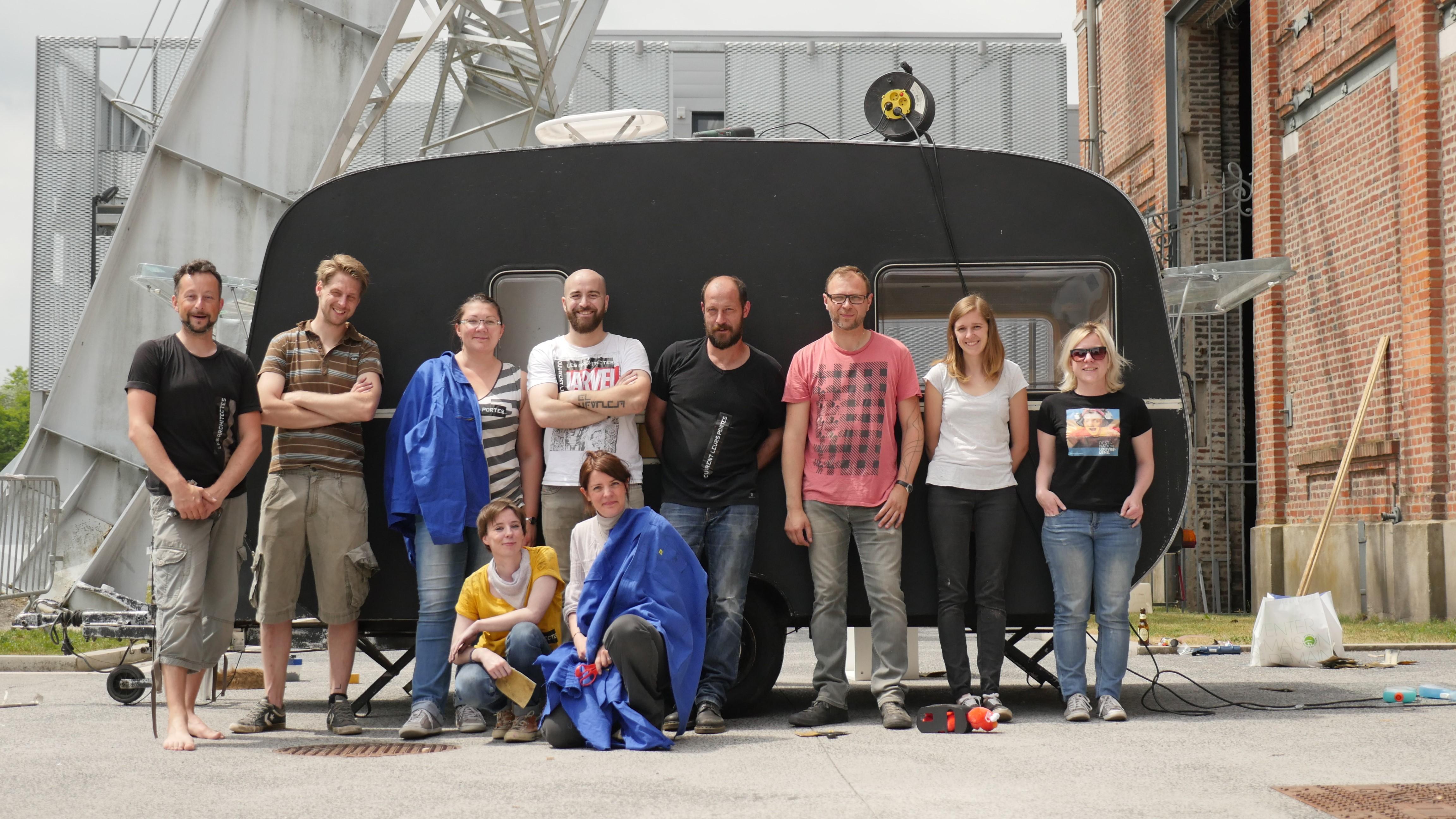 spécial petits espaces] rénovation d'une caravane avec jinkau ! | dc